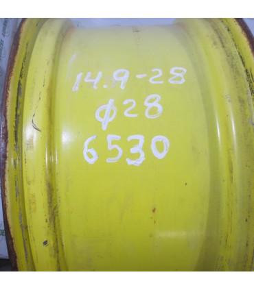 Llanta Usada John Deere 14.9R28