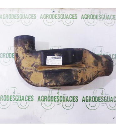 Tubo filtro de aire usado Massey Ferguson 3801171M1