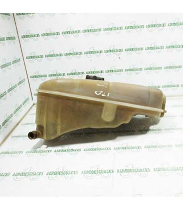 Depósito expansión radiador usado John Deere AL65822