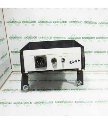 Unidad de control ECU empacadora usada New Holland 84037084