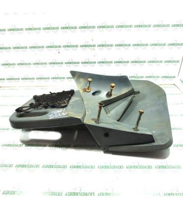 Asiento acompañante usado McCormick 392505A2
