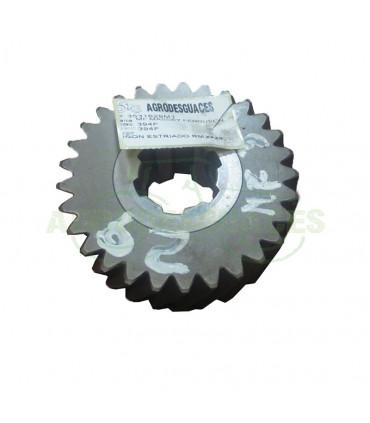 Piñón estriado RM T29 usado Landini 3531629M1