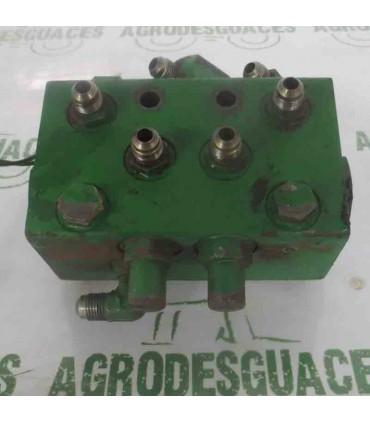 Válvula De Dirección Usada RE247521
