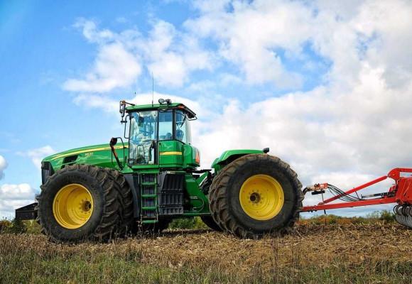 Cómo lastrar un tractor agrícola