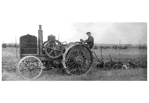 La historia del tractor en el mundo